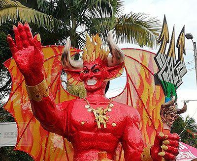 Riosucio celebra su carnaval del diablo