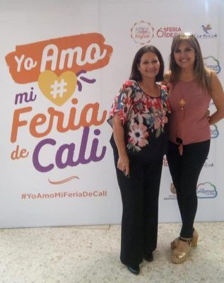Tania de Venezuela ft orquesta Canela
